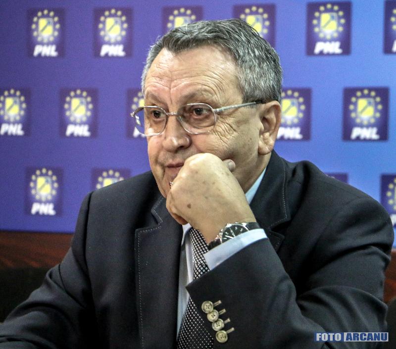Politician State Vechi Giurgiu Avocatul Dragos Ujeniuc Considera Pnl Candidati Consistenta Primaria Consiliul Judetean