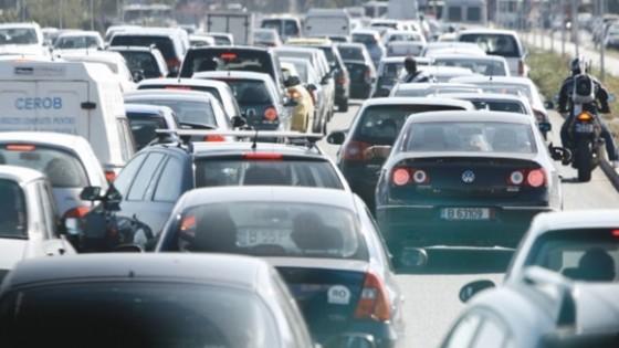 Circulatie-ingreunata-pe-autostrada-A1-DN1-DN2-DN7