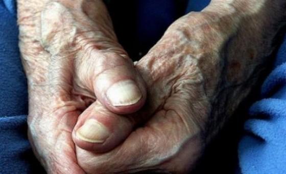 si-saraci-si-cu-pensiile-taiate-peste-100-de-pensionari-escrocati-de-angajatii-car-133424