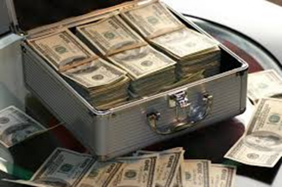 Valiza cu dolari