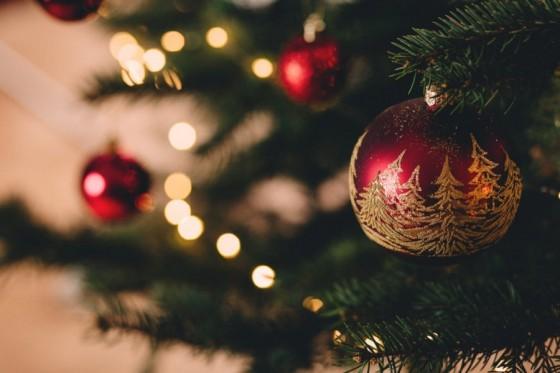 1545399847425-christmas-S4