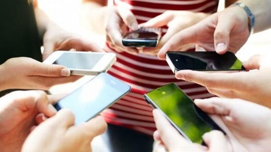 gty_mobile_phones_nt_130529_wblog